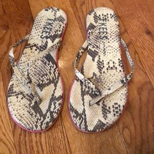 Tkees snake sandals